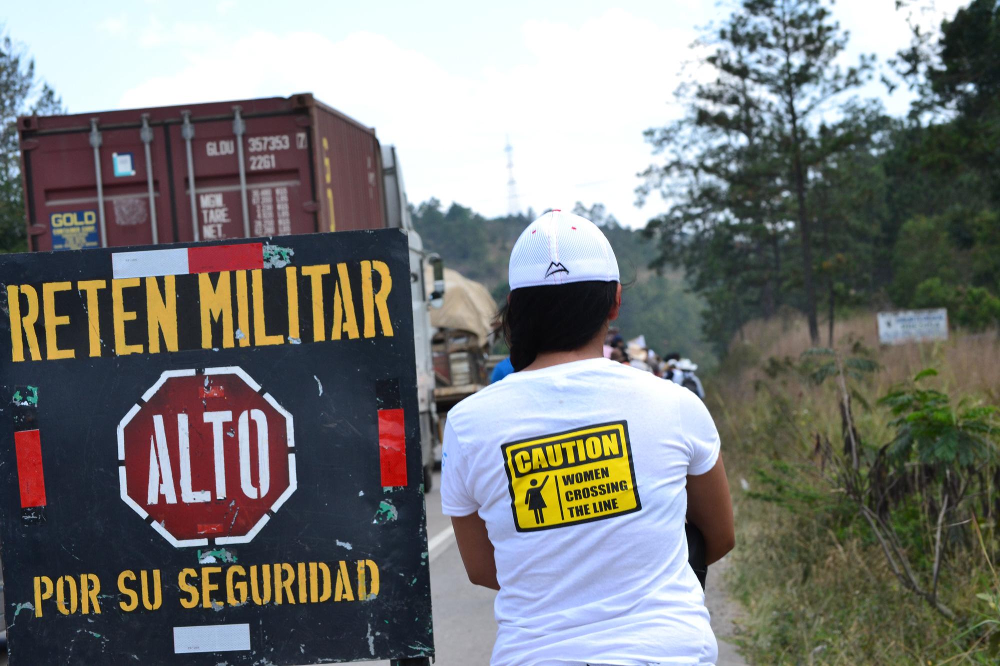 Women Crossing the Line Honduras