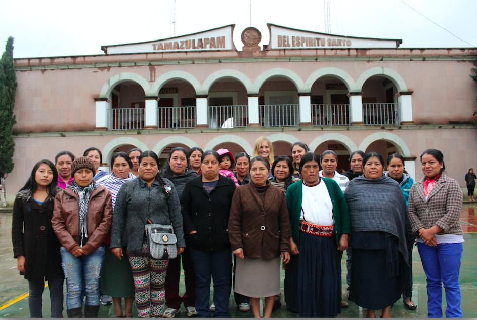 Mujeres mixes en Seminario de Participación Política